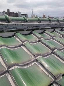 大阪府の瓦屋根全面シリコン止め雨漏り