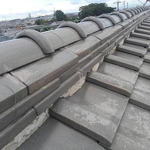 大阪府の陸棟瓦屋根