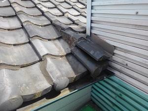 富田林市での雨漏り修理工事