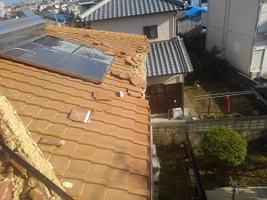 台風被害の屋根調査