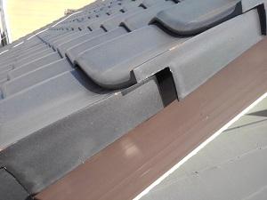 右袖瓦の修理