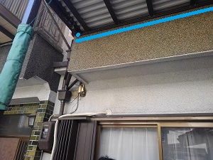 尼崎市での雨漏り修理調査