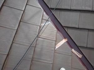 和泉市での平板瓦修理