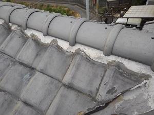 貝塚市の瓦屋根雨漏り修理調査