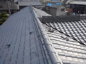 大阪府吹田市での瓦屋根修理調査