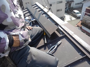 高槻市の板金屋根工事
